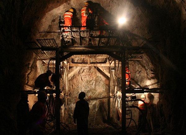 煤矿远距离快速充填封堵密封工程上的应用